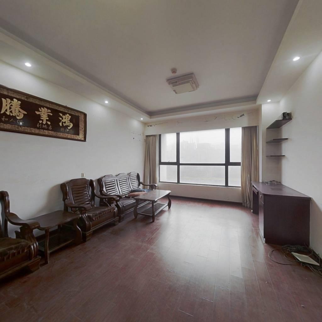 公寓房价格美丽,精装修拎包入住。。