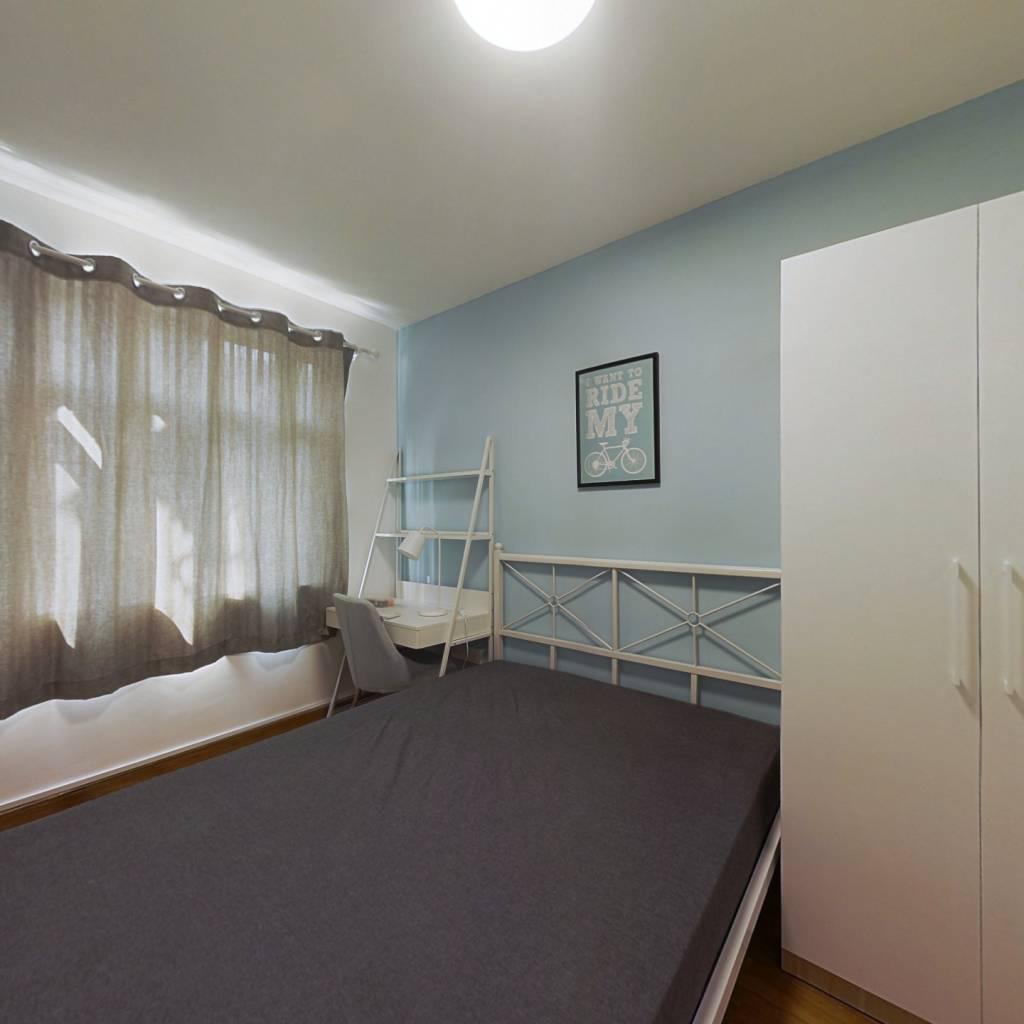 合租·南农大小区 3室1厅 南卧室图