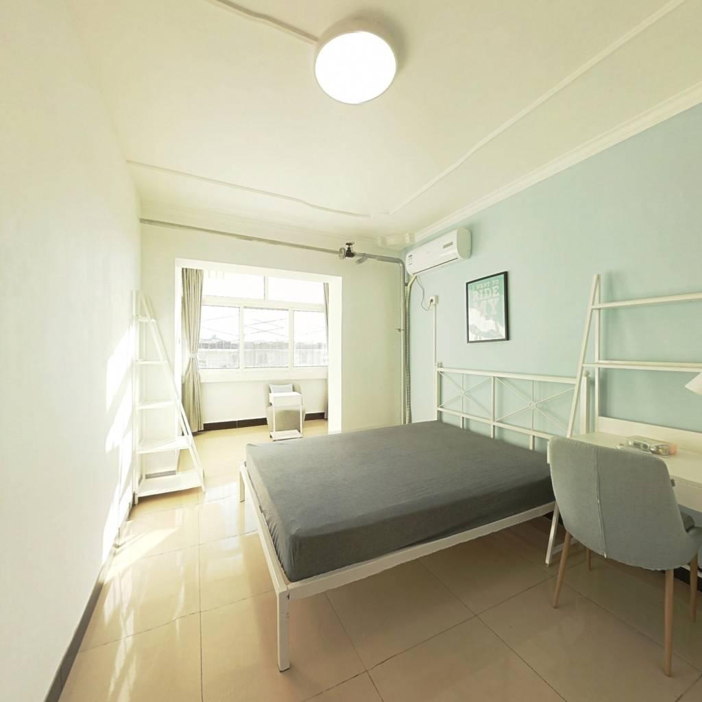合租·东潞苑 3室1厅 南卧室图