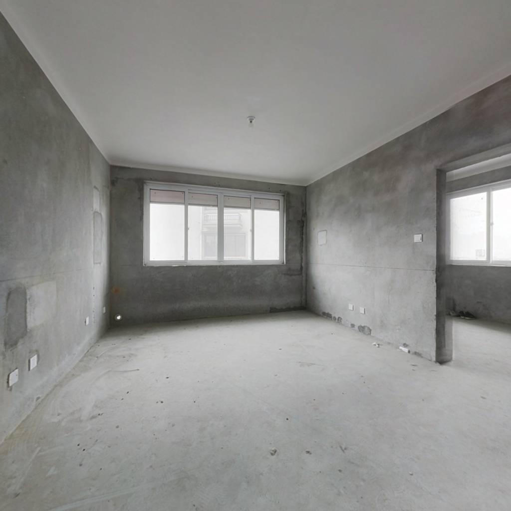 满两年准新房,毛坯,采光好,视野足,业主诚信售