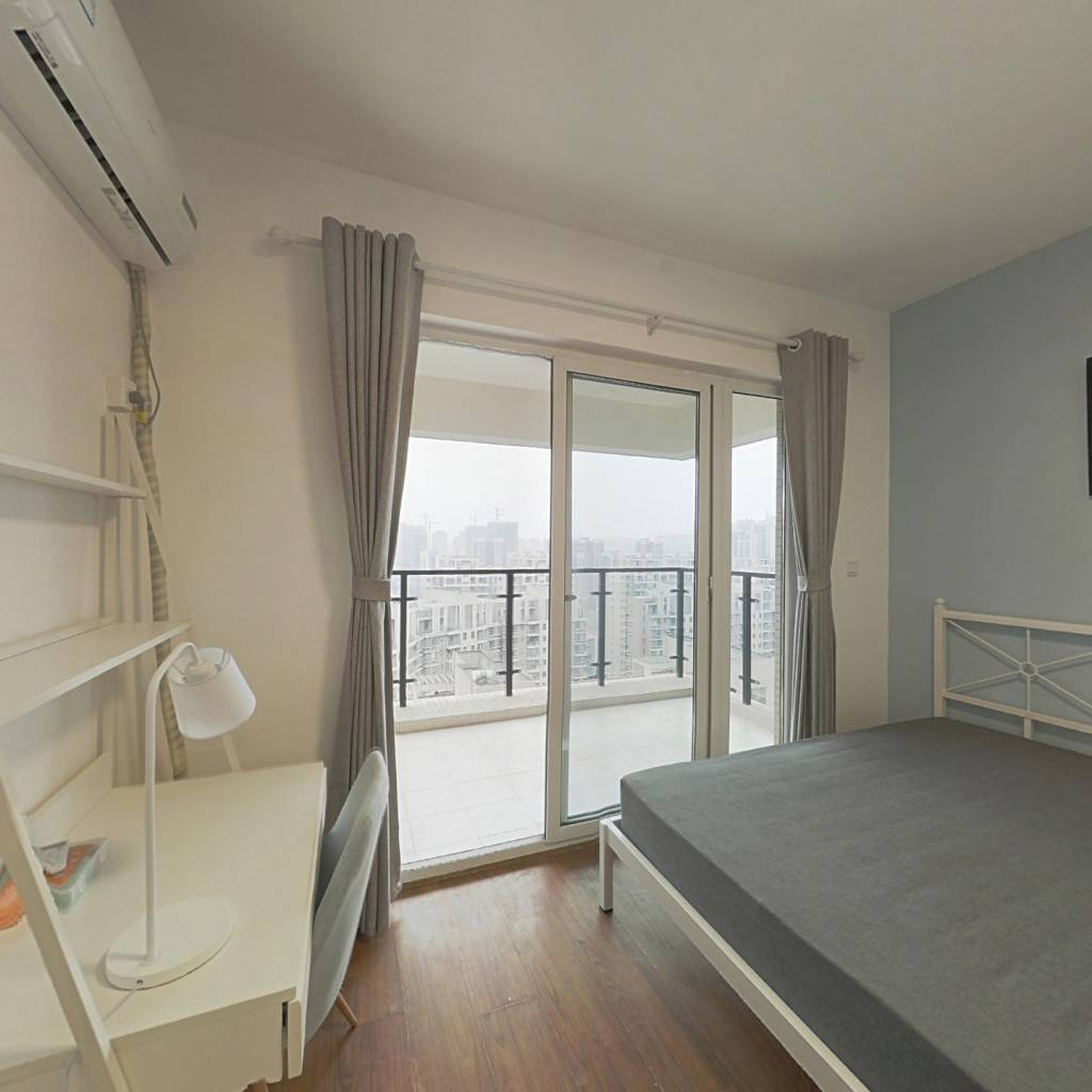 合租·黄金时代(中和街道办吉龙二街) 4室1厅 南卧室图
