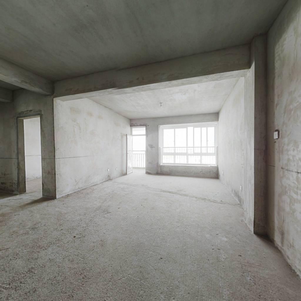 壮锦大道3居,地铁5号线,距离站口200米