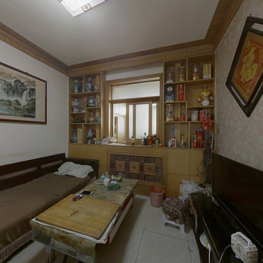 石炼一区   精装三室   适合老人和孩子居住