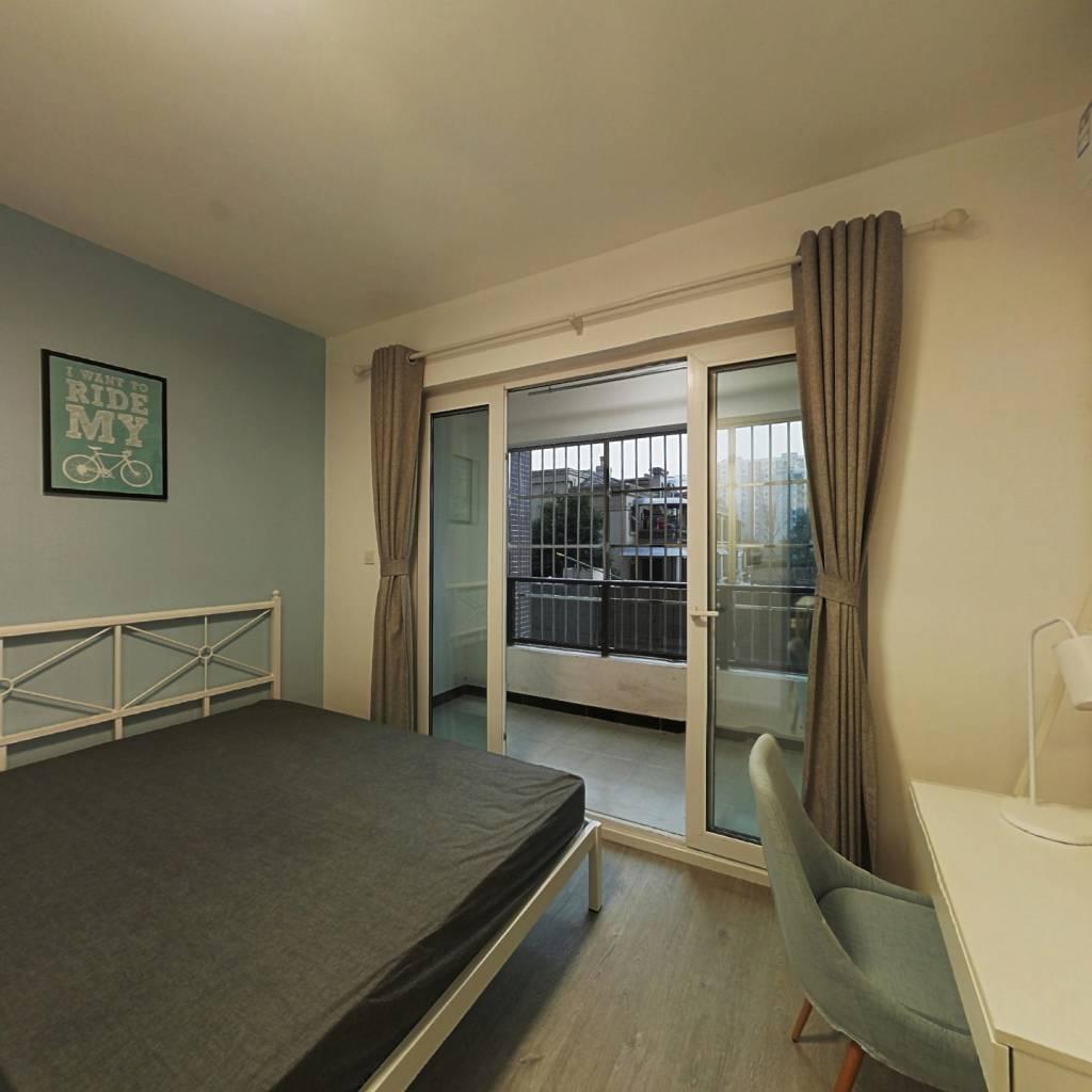 合租·保利锦湖林语南区 4室1厅 西卧室图