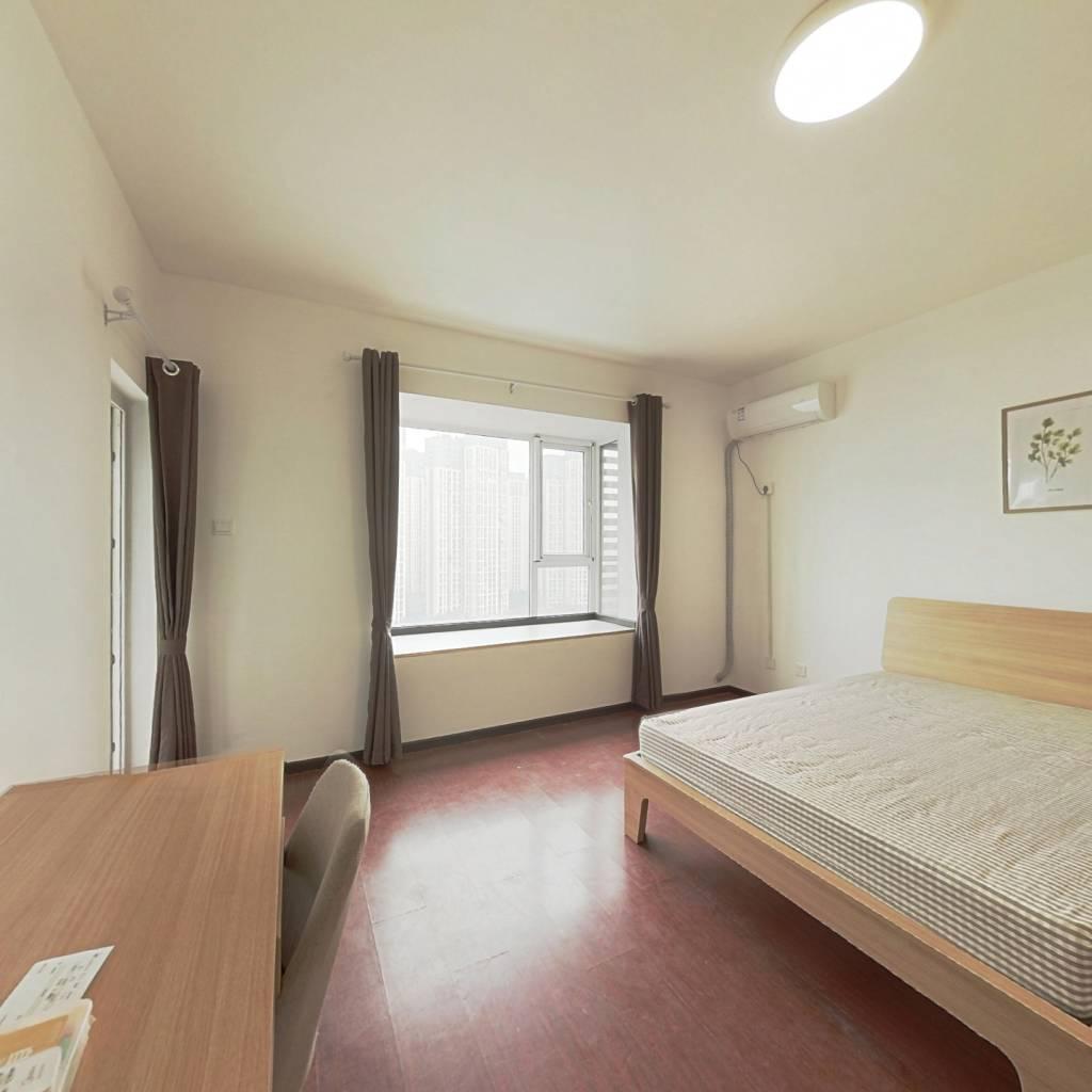 合租·高地 4室1厅 东卧室图