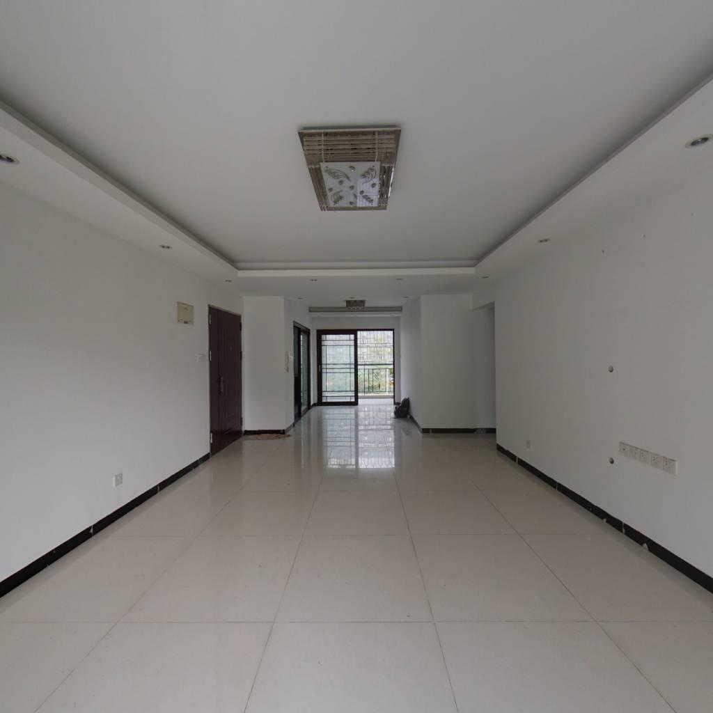九州家园三房两厅出售,户型方正看房方便
