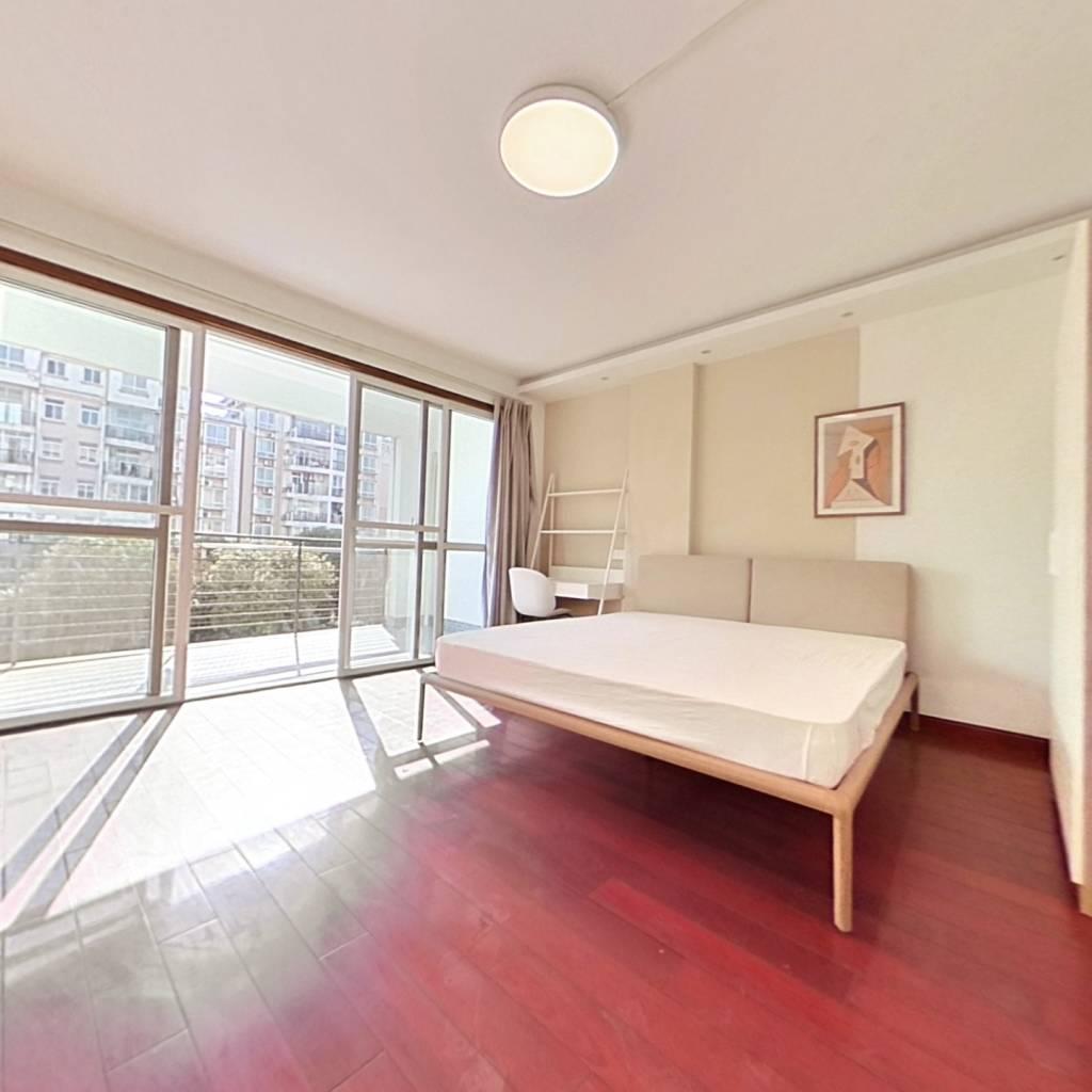 合租·东林外庐 5室1厅 南卧室图