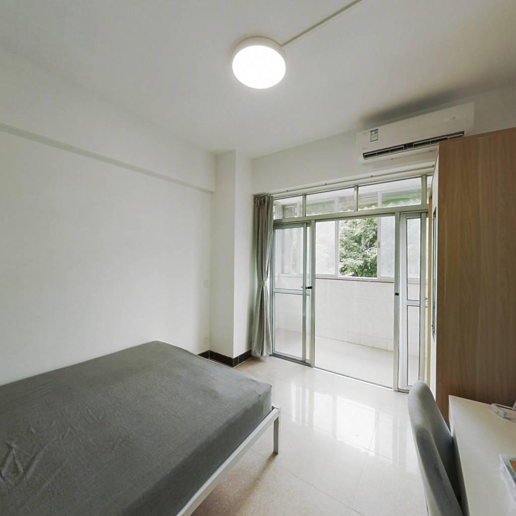 合租·南园居 3室1厅 南卧室图