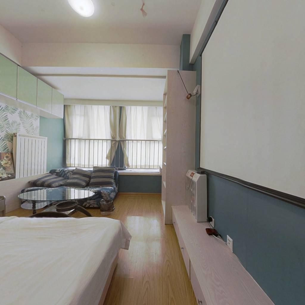 三庆青年成一室公寓,透明户型,出行方便,格局合理