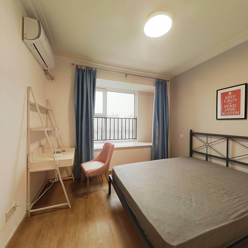 合租·金地褐石苑 3室1厅 南卧室图