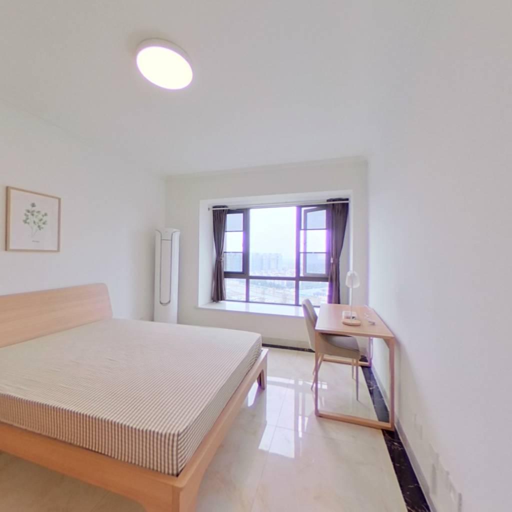 合租·戛纳湾金棕榈 4室1厅 东卧室图