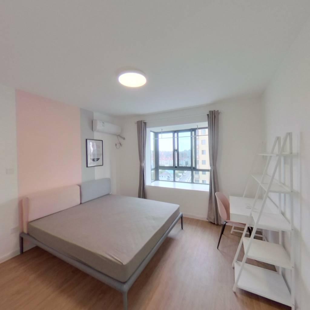 合租·梅香苑 4室1厅 南卧室图