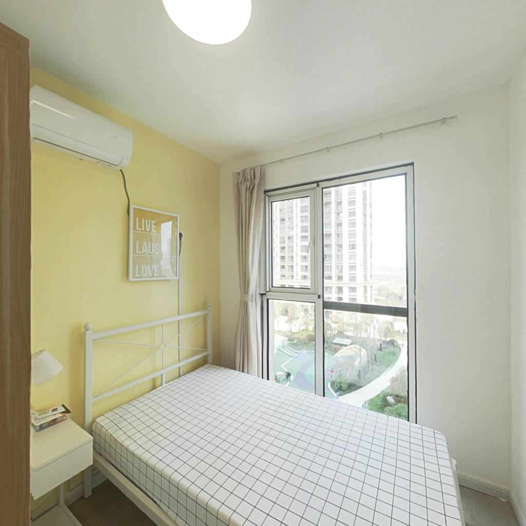 合租·宋都东郡之星 4室1厅 西卧室图