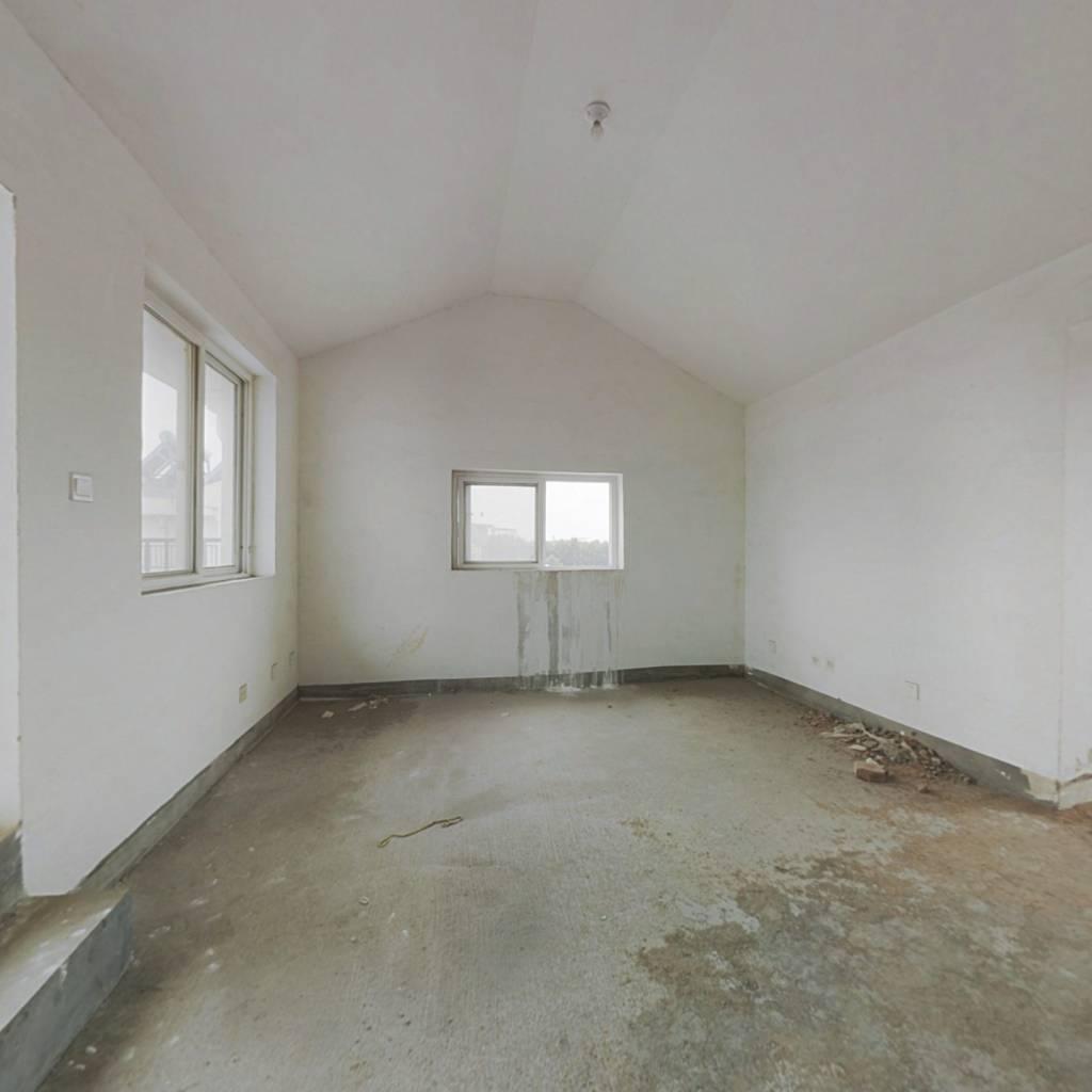 房东诚心出售,希望有诚意的客户联系