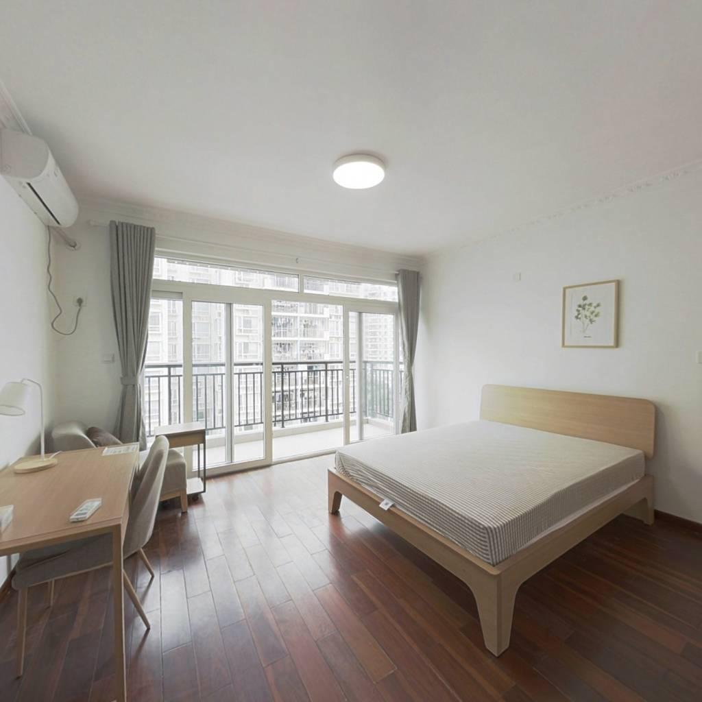 合租·育德佳园 5室1厅 南卧室图