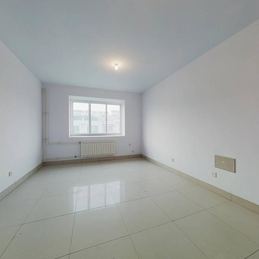 青旗山花园 两室全南向  价格合适 看房方便