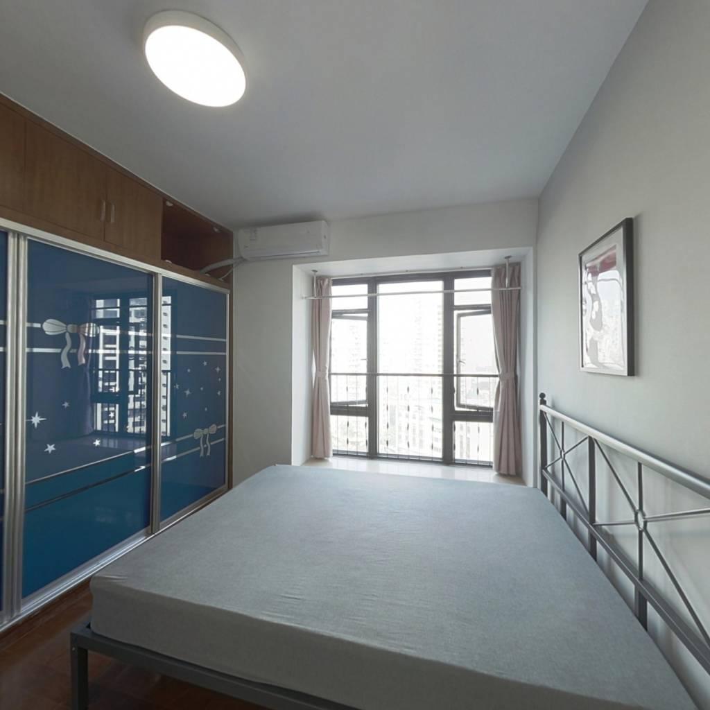 合租·珠江俊园 4室1厅 东卧室图