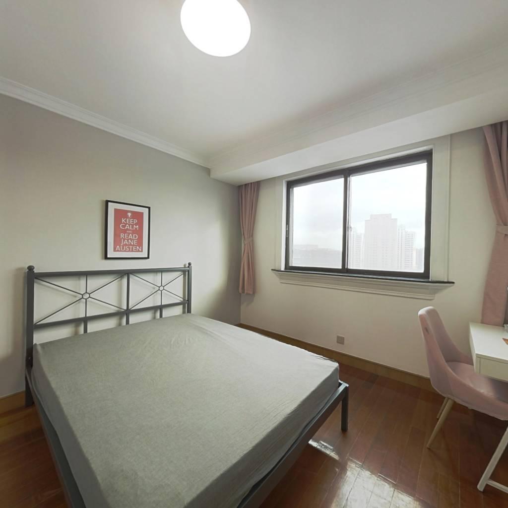 合租·百富达公寓 4室1厅 南卧室图