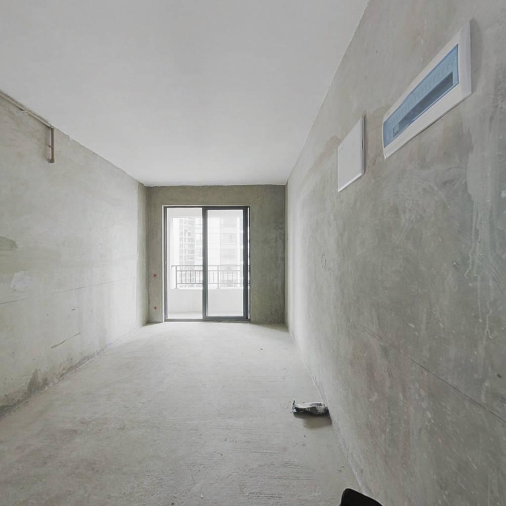金融北城一室一厅住宅式公寓,房东诚心出售