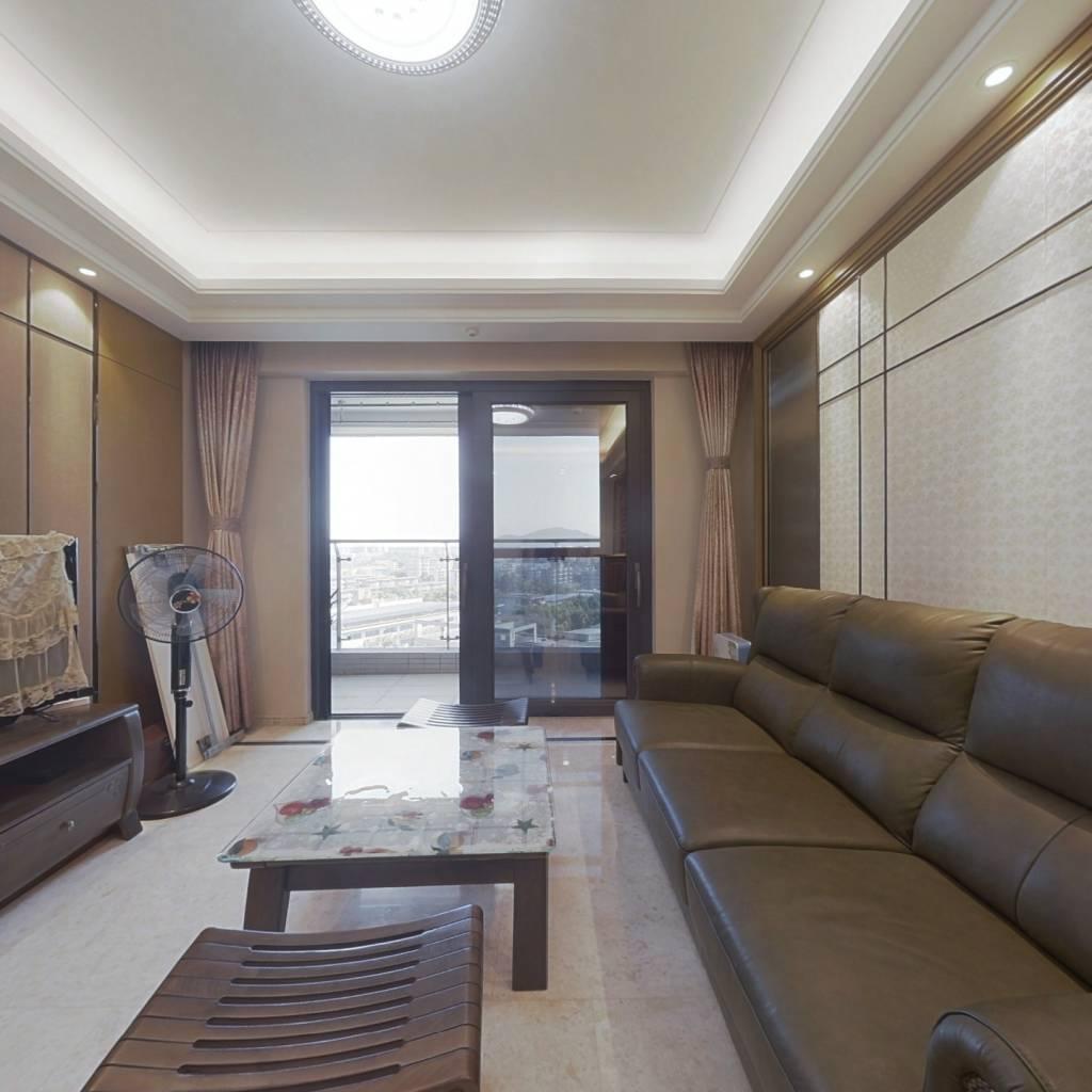 九洲海誉居 电梯三房 厅出阳台 户型方正 采光好