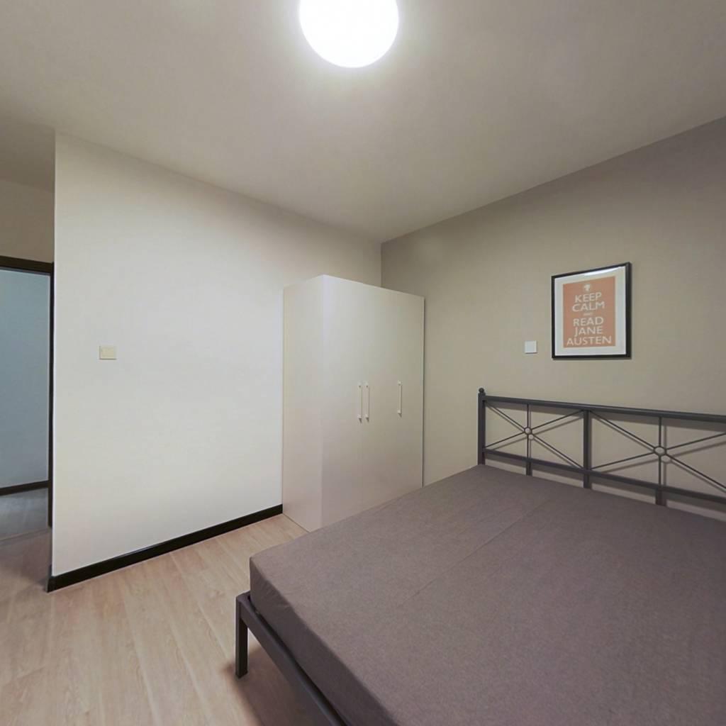 合租·盛庭豪景 4室1厅 北卧室图