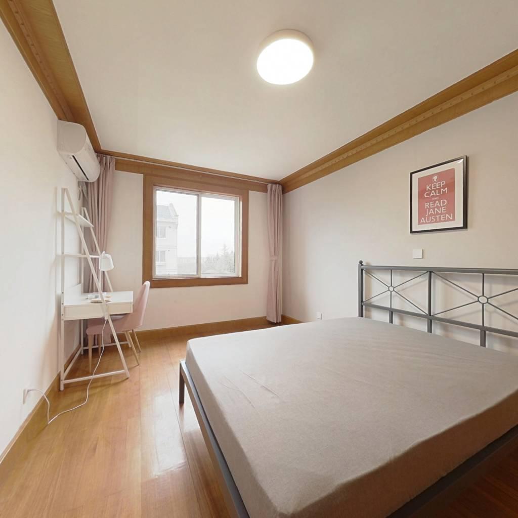 合租·江虹花园 3室1厅 南卧室图