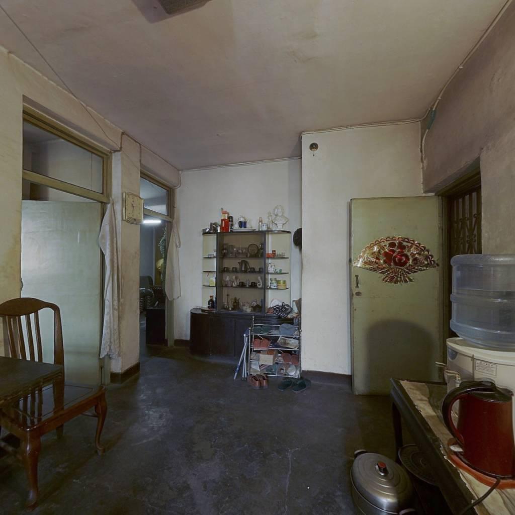 东三环 市证70年 恒大旁 小三室 首付两成 单价七千