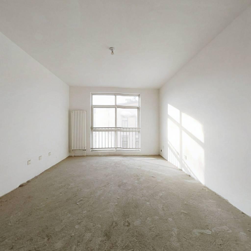 康桥名居 全明户型 房子方正 带储藏室