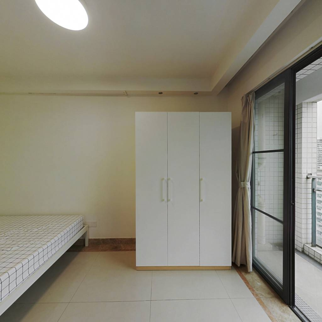 合租·嘉宝华庭 3室1厅 东卧室图