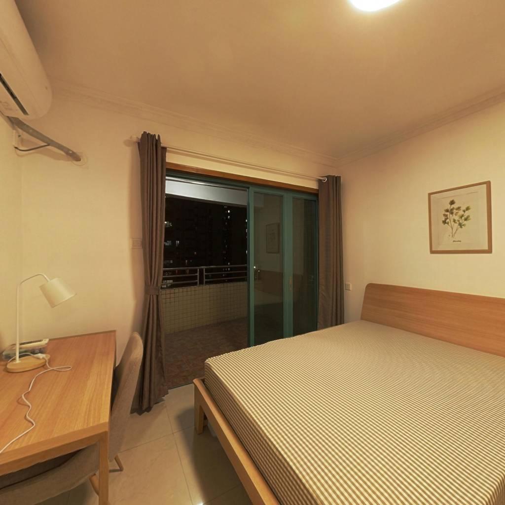 合租·叠翠台 4室1厅 南卧室图