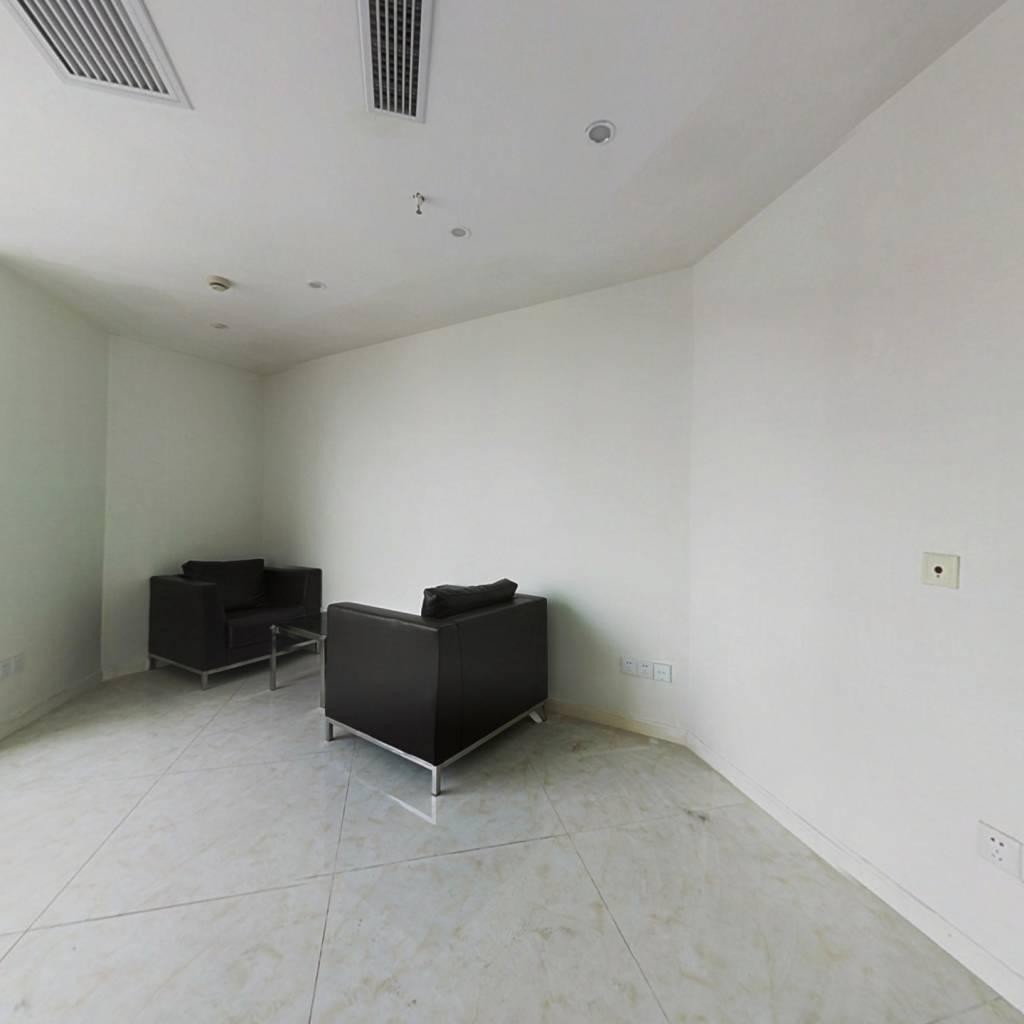广益地铁口旁月新国际精装公寓38万房东诚售随时看房