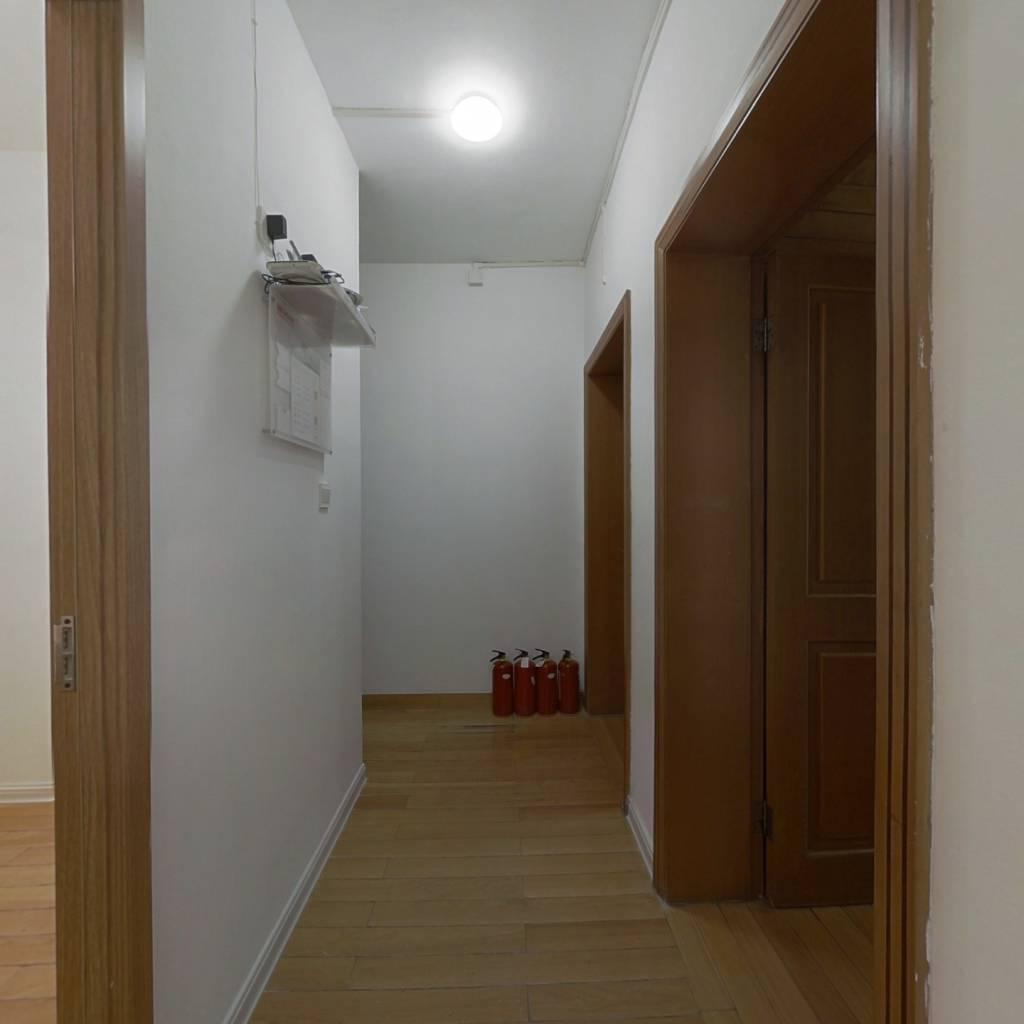 合租·武林门新村 3室1厅 北卧室图