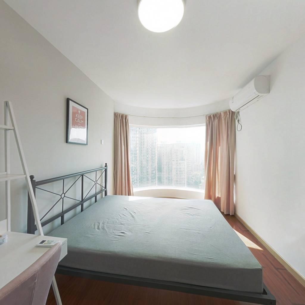 合租·嘉仕花园东区 4室1厅 南卧室图
