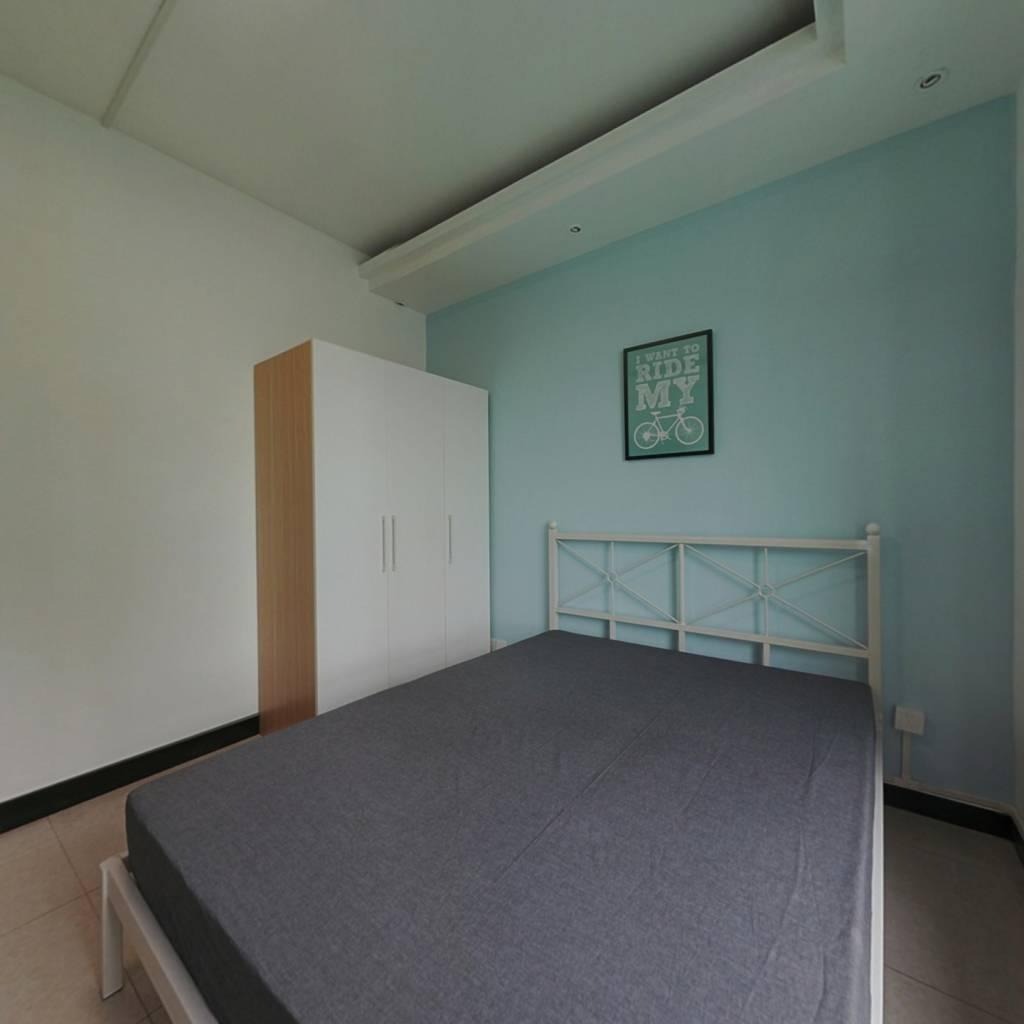 合租·洪福家园 4室1厅 南卧室图