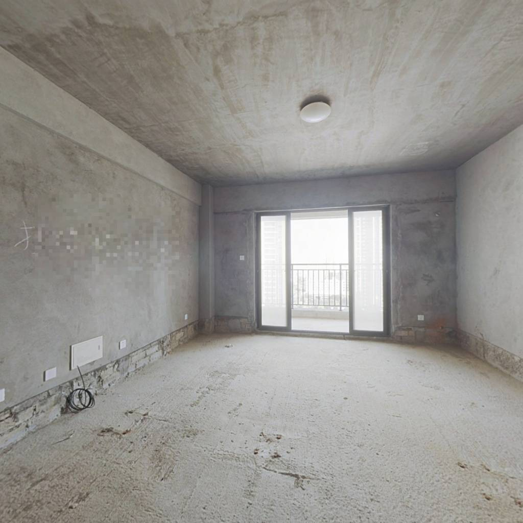 聚福三期139平大3房 户型方正 交通便利