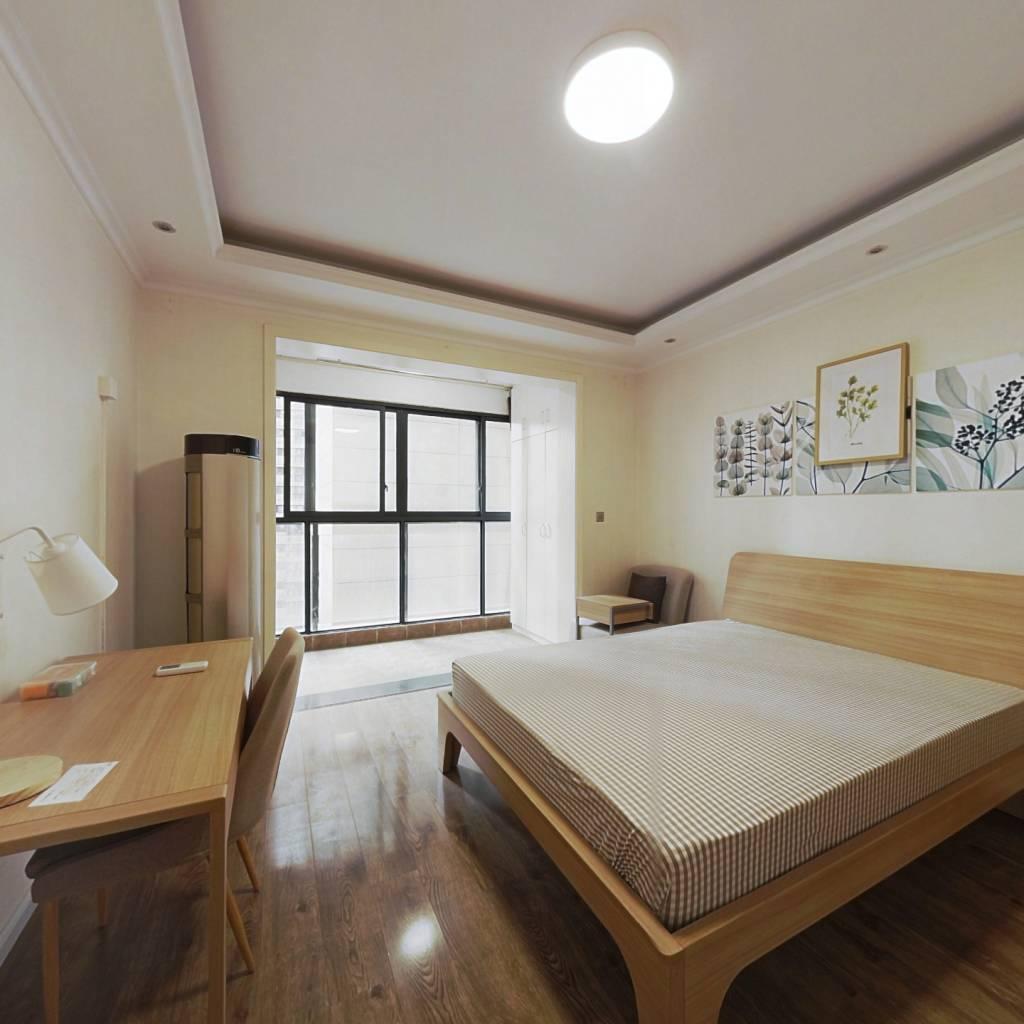 合租·上海东韵 5室1厅 东南卧室图