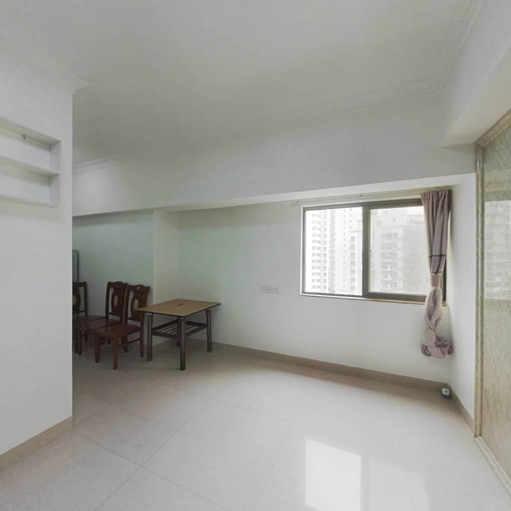 浔兴公寓晋江大剧院旁,小面积两房,拎包入住