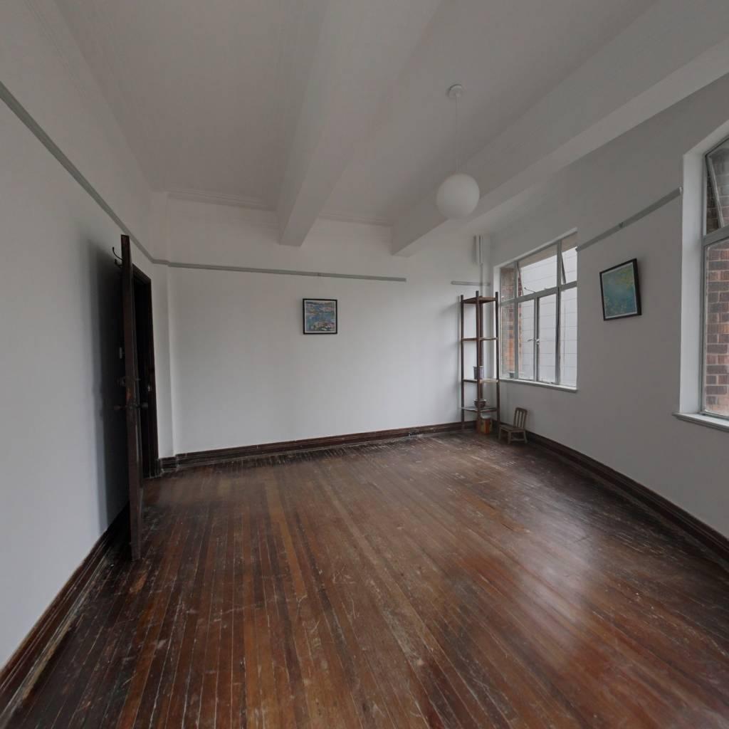 上海优秀历史建筑 近外滩 层高3米3电梯房有老上海情怀