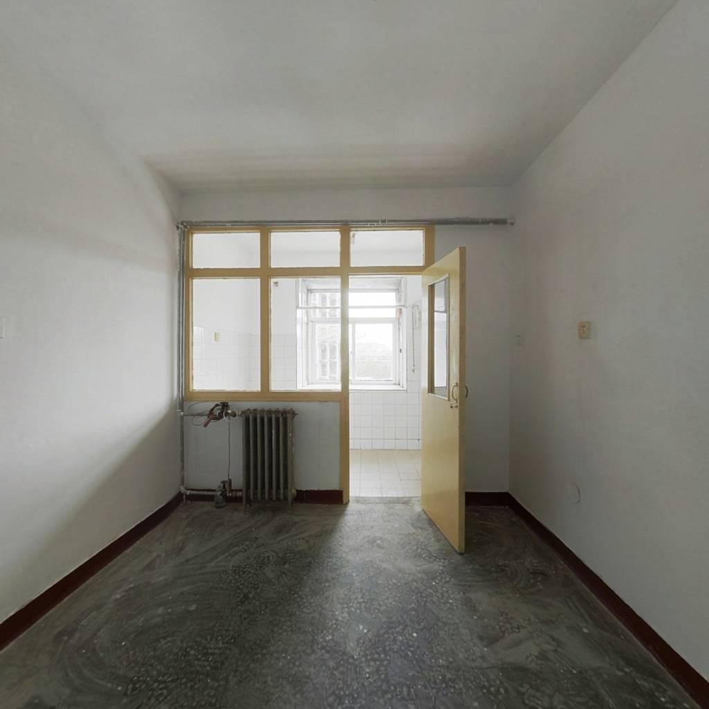 华泰家园 2室1厅 南 北