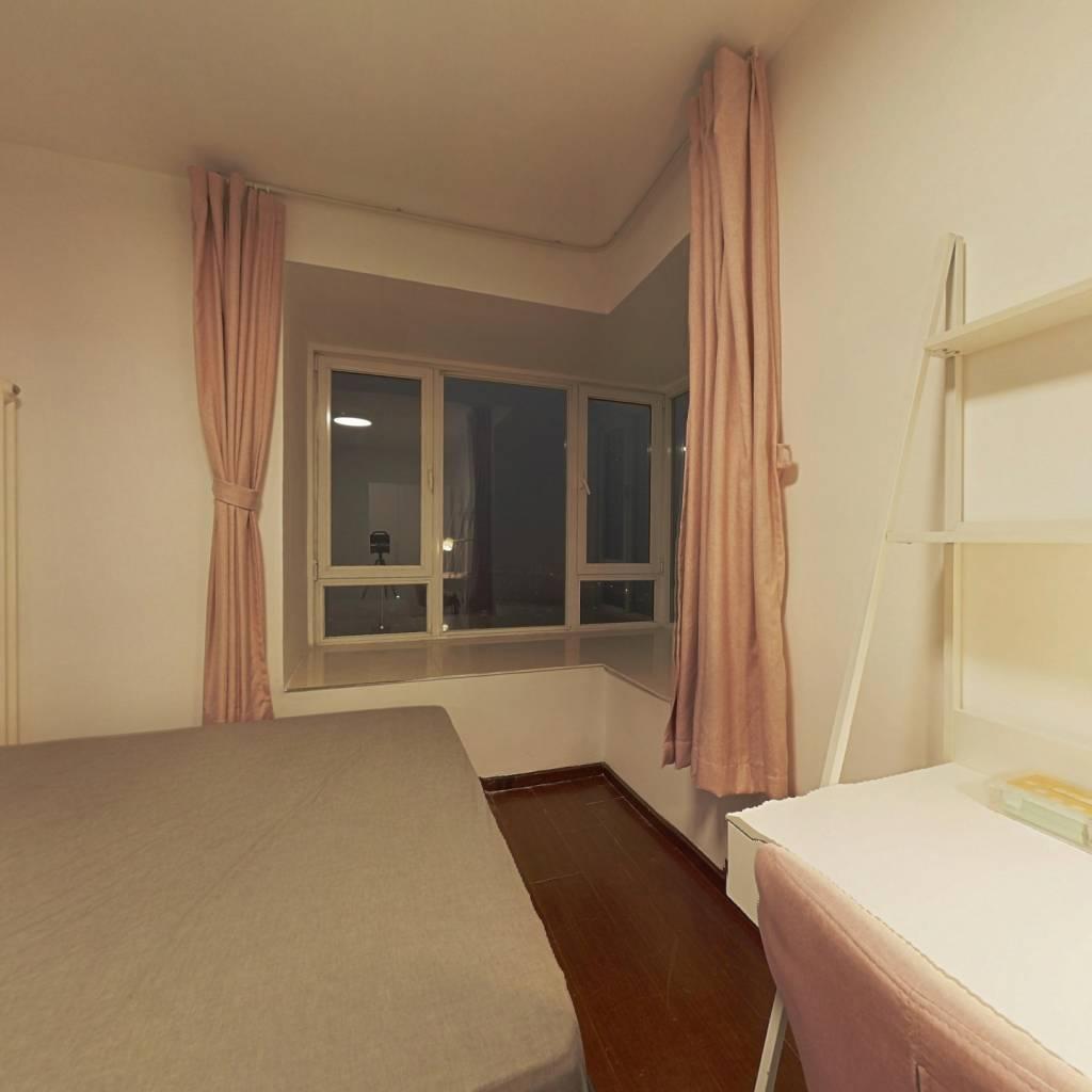 合租·红木林 3室1厅 西卧室图