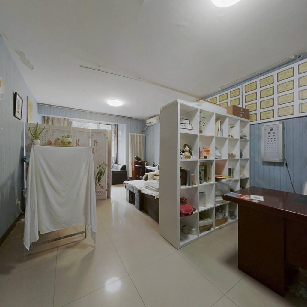 紫金长安 东西通透 精装修 一居室