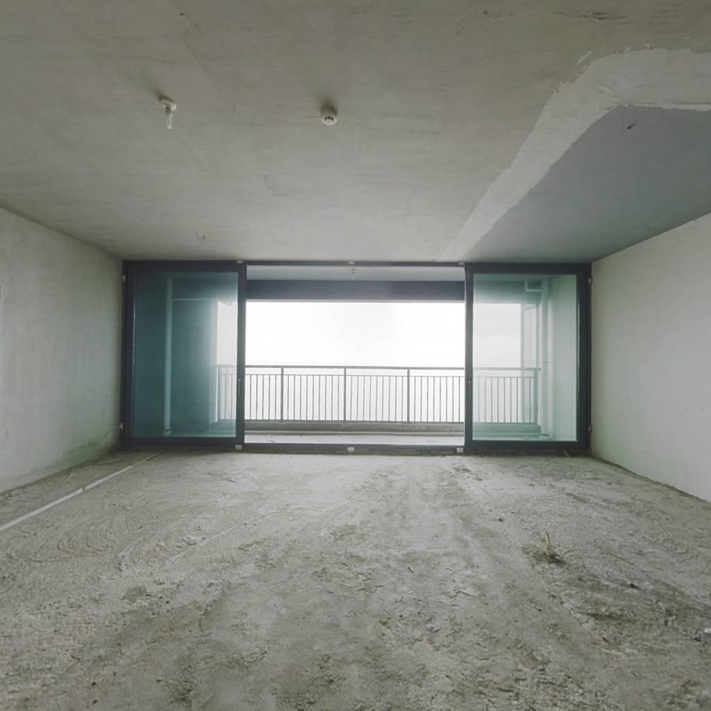 情侣路一线海景,七米阳台,办公接待,看港珠澳大桥