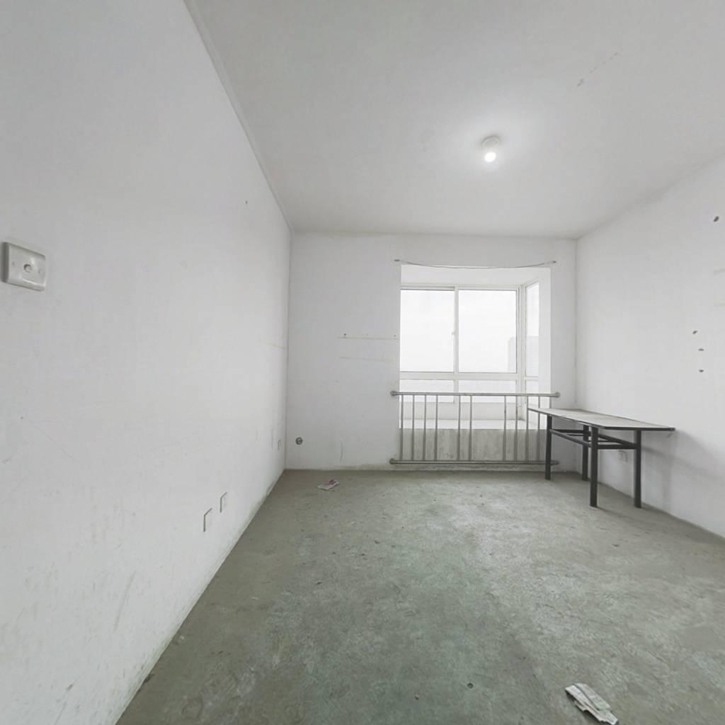 花桥站旁 国际华城电梯复式房 无遮挡