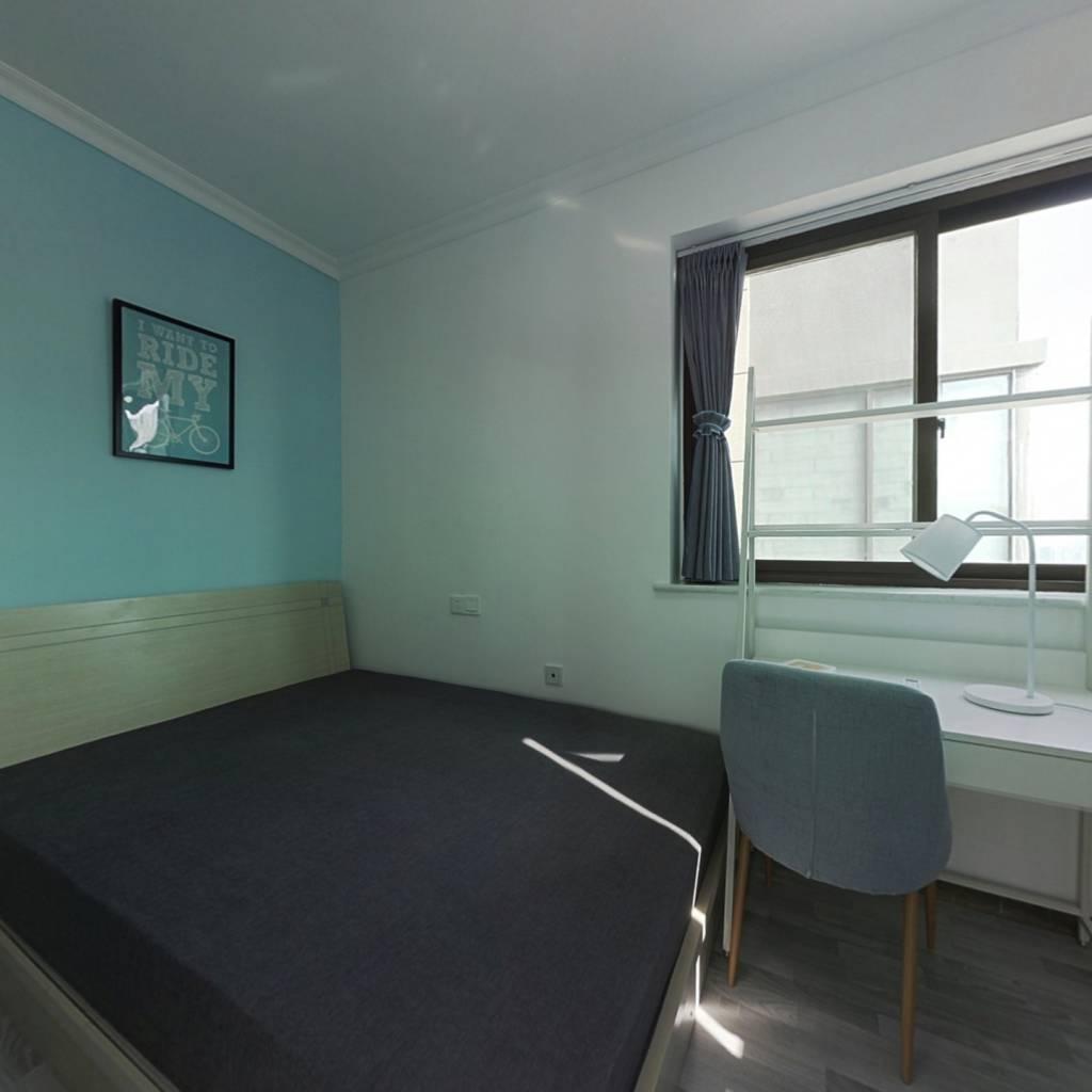 合租·泛悦城市广场 3室1厅 北卧室图