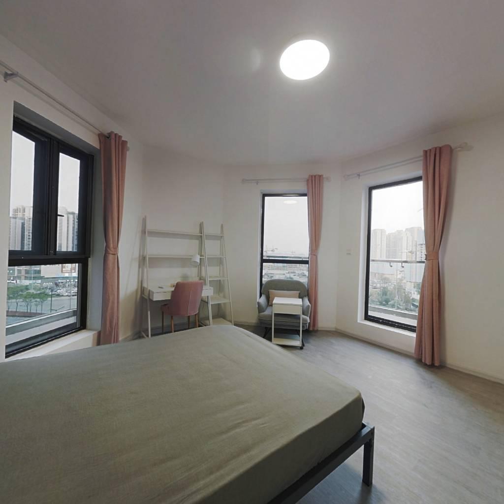 合租·中德英伦联邦B区 5室1厅 东卧室图