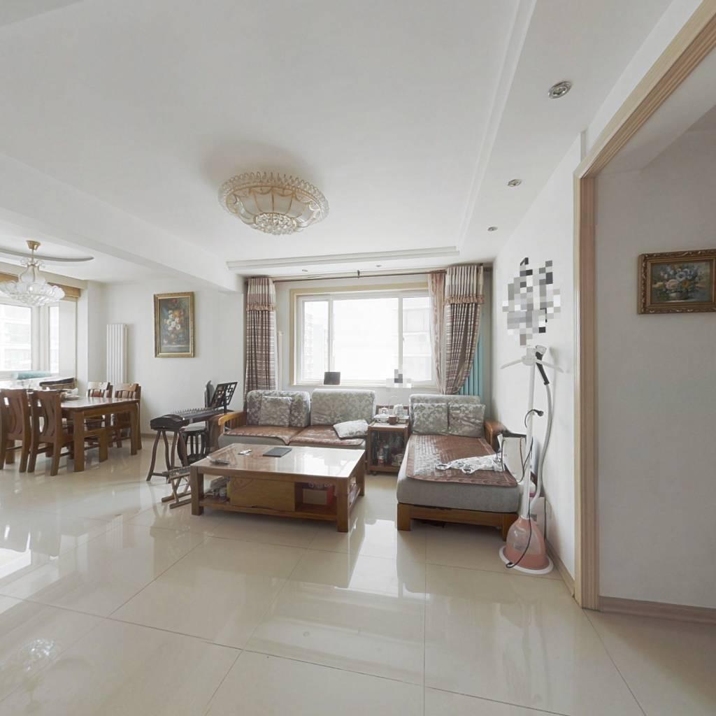 雪玉花苑 2室1厅 140万
