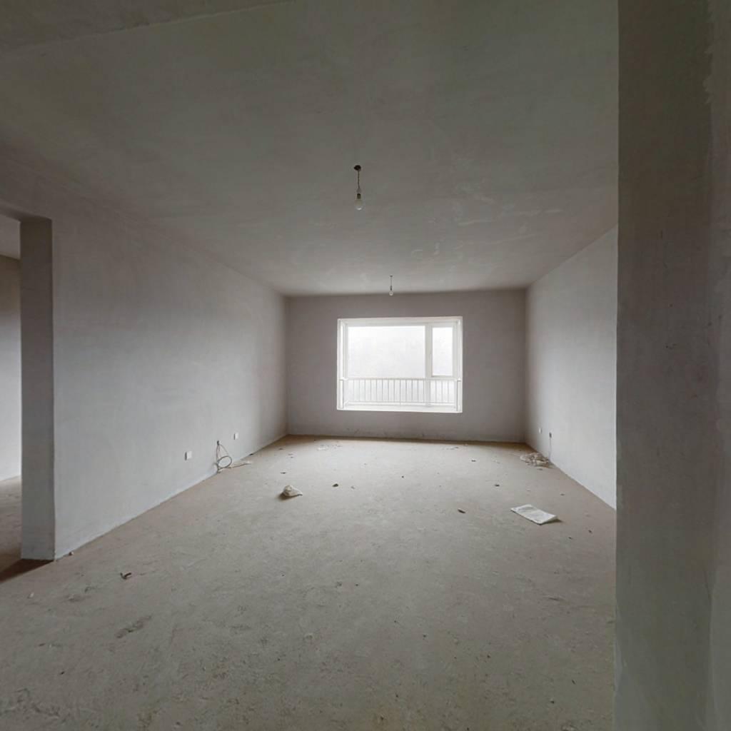 记者村高层南向房   四室两厅  证满两年  看房有钥匙
