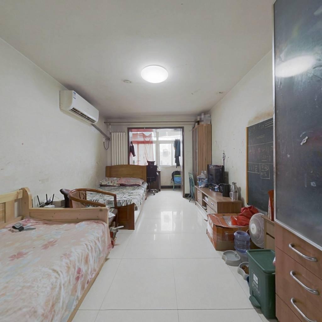 南向1居室 满五年唯一  楼龄新