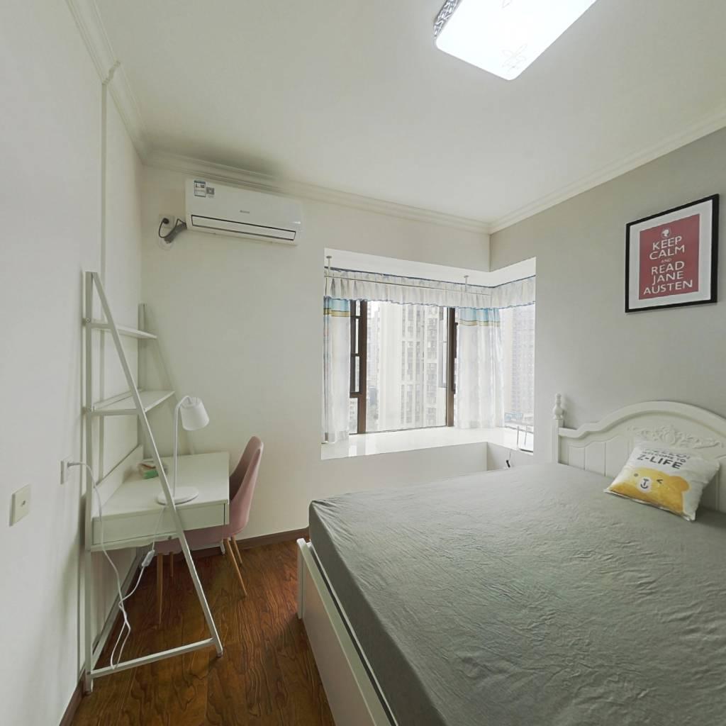 合租·绿地468公馆一期 4室1厅 西南卧室图