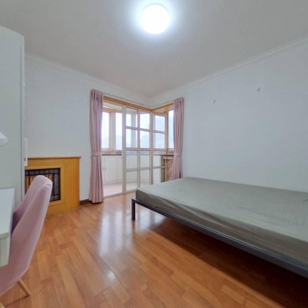 合租·苹果园小区四区 2室1厅 南卧室图